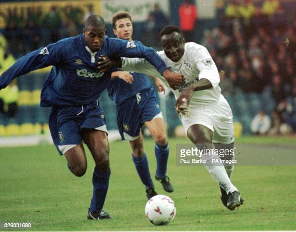 Leeds' Tony Yeboah tussles with Chelsea's Duberry