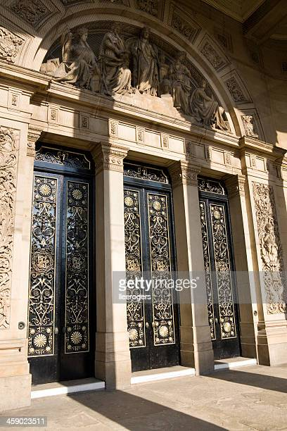 leeds town hall grand entrance doors in yorkshire - leeds town hall stock photos and pictures