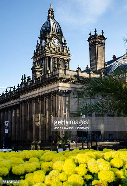 leeds town hall, leeds, west yorkshire - leeds town hall stock photos and pictures