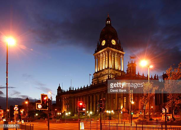 leeds town hall - leeds town hall stock photos and pictures