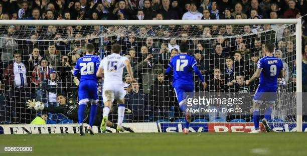 Leeds United goalkeeper Marco Silvestri saves a penalty from Ipswich Town's Daryl Murphy