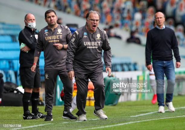 Leeds United manager Marcelo Bielsa shouts instructions to his team from the technical area during the Sky Bet Championship match between Leeds...