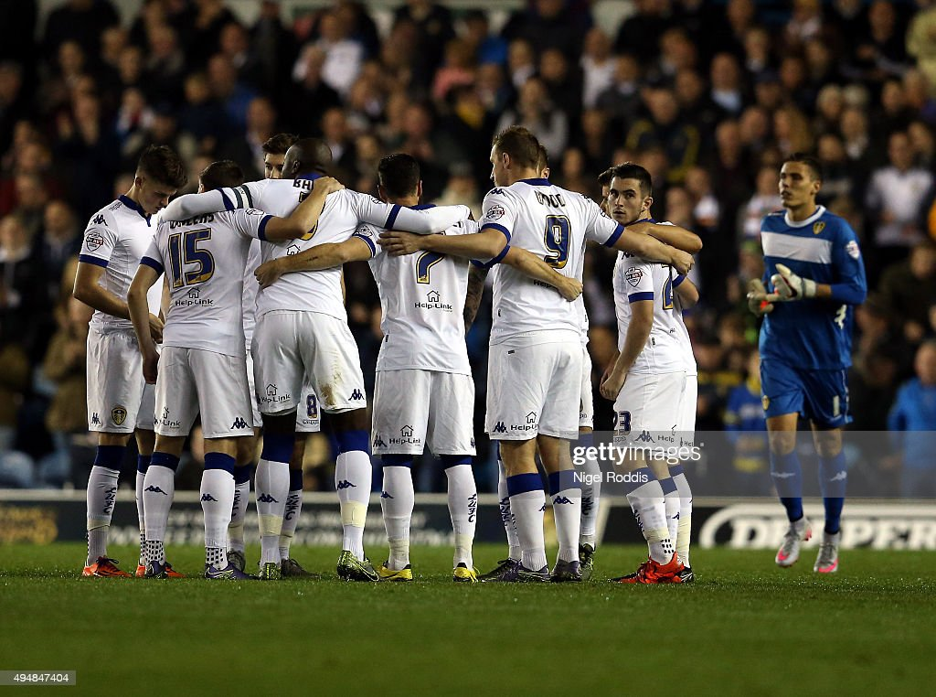 Leeds United players huddle ahead of the Sky Bet Championship match between Leeds United and Blackburn Rovers on October 29, 2015 in Leeds, United Kingdom.