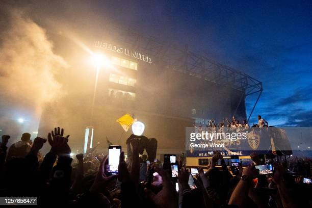 Leeds United players lift the Sky Bet Championship trophy outside of the stadium in front of their fans following the Sky Bet Championship match...