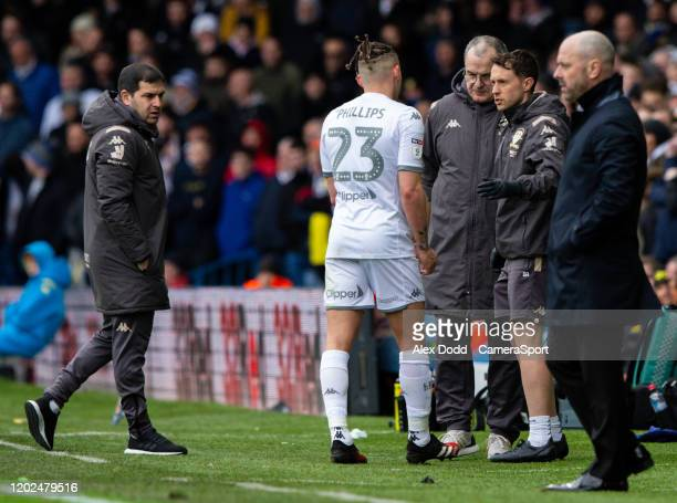 Leeds United's Kalvin Phillips leaves the field injured during the Sky Bet Championship match between Leeds United and Reading at Elland Road on...