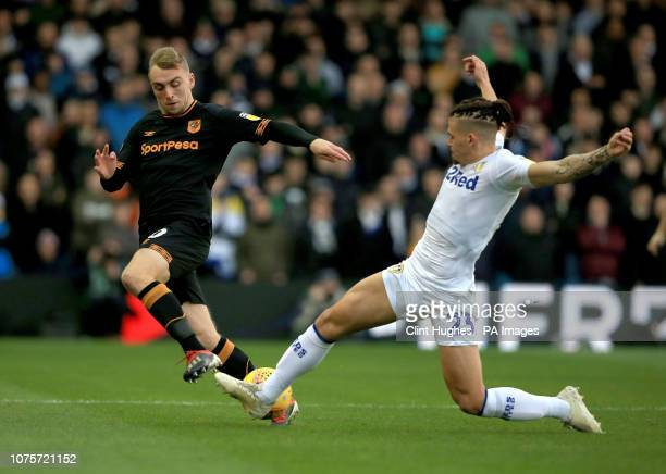 Leeds United's Kalvin Phillips tackles Hull City's Jarrod Bowen during the Sky Bet Championship match at Elland Road Leeds