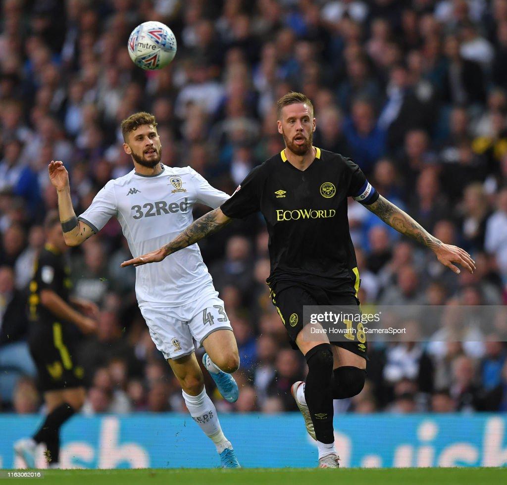 Leeds United v Brentford - Sky Bet Championship : News Photo