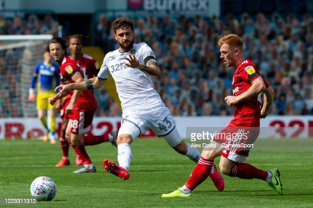 Leeds United's Mateusz Klich battles with Fulhams Harrison Reed during the Sky Bet Championship match between Leeds United and Fulham at Elland Road...