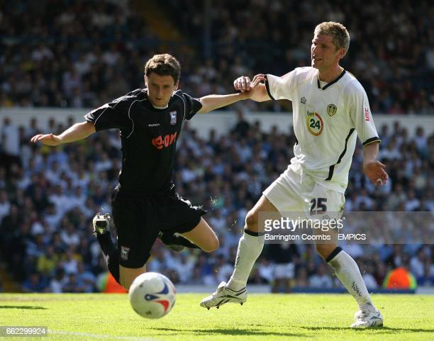 Leeds United's Richard Cresswell and Ipswich Town's Alex Bruce