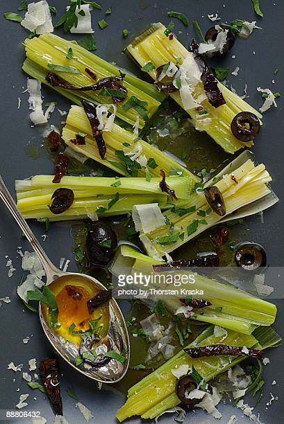 leek in vinaigrette - salad dressing stock pictures, royalty-free photos & images
