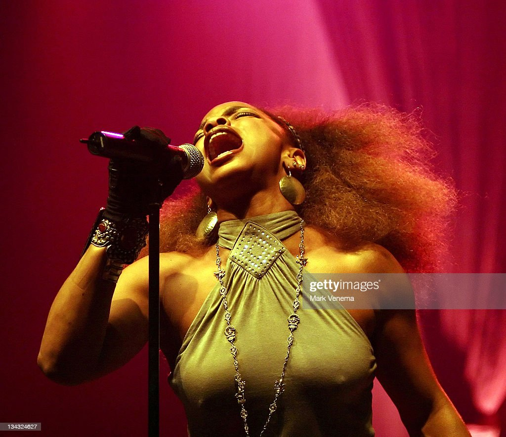 Leela James in Concert at Heineken Music Hall in Amsterdam - April 1, 2006