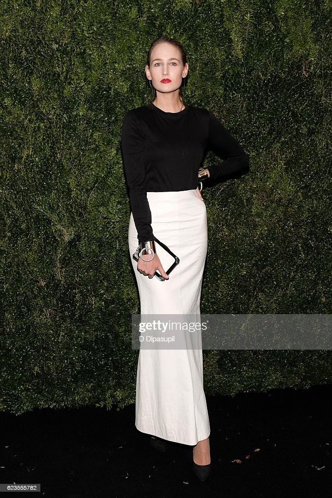 Leelee Sobieski attends the 2016 Museum of Modern Art Film Benefit presented by Chanel - A Tribute to Tom Hanks at Museum of Modern Art on November 15, 2016 in New York City.