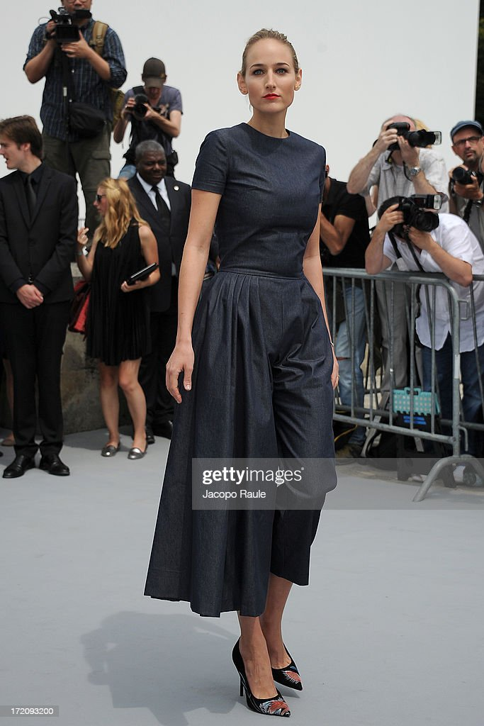 Leelee Sobieski attends the Christian Dior show as part of Paris Fashion Week Haute Couture Fall/Winter 2013-2014 at on July 1, 2013 in Paris, France.