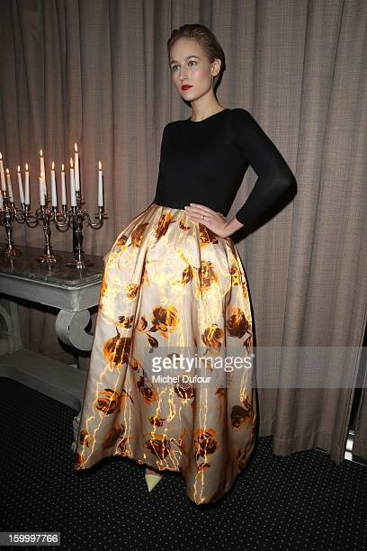 Leelee Sobieski attends the Sidaction Gala Dinner 2013 at Pavillon d'Armenonville on January 24 2013 in Paris France