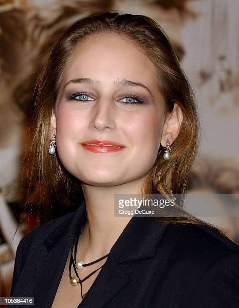 Leelee Sobieski during 'Alexander' Los Angeles Premiere Arrivals at Grauman's Chinese Theatre in Hollywood California United States