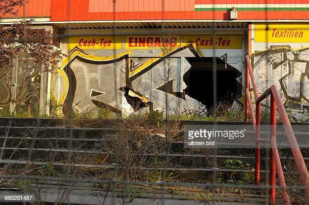 Leerstehender ehemaliger Kaisers Supermarkt an der Breite Strasse in BerlinPankow