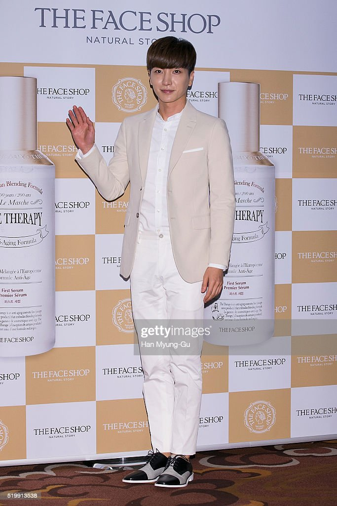 "TheFaceShop ""The Therapy First Serum And Moisture Blending Formula Cream"" Launch - Photocall"