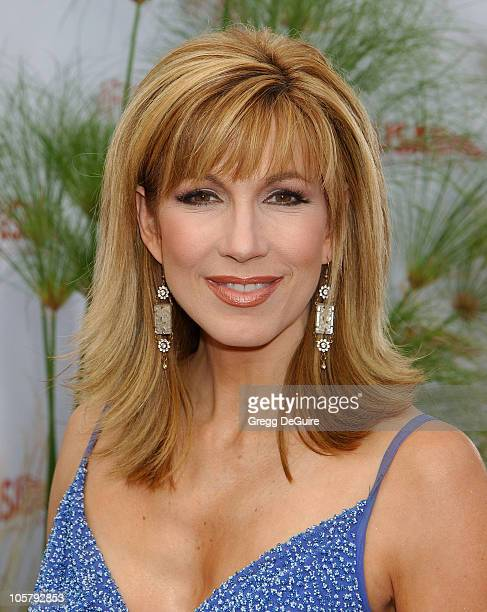 Leeza Gibbons during 31st AFI Life Achievement Award Presented to Robert DeNiro Arrivals at Kodak Theatre in Hollywood California United States