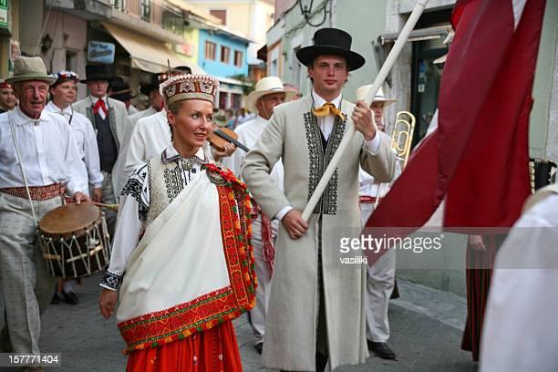 Lefkas International Festival Folklorique, une parade, Lettonie groupe