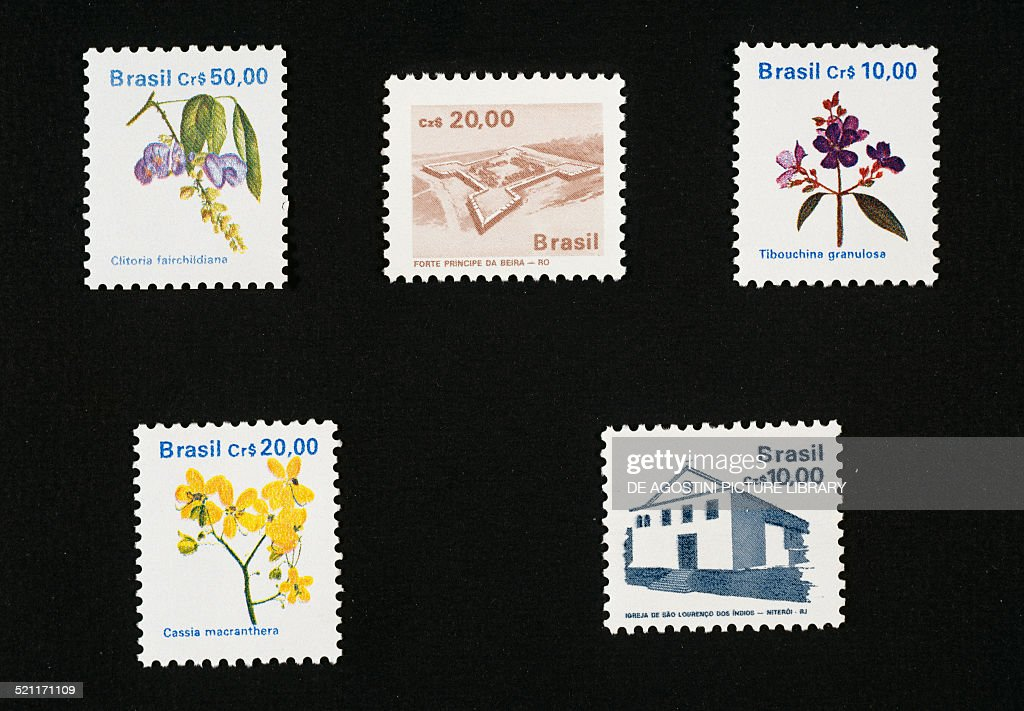Stamps from the Local flora series : News Photo