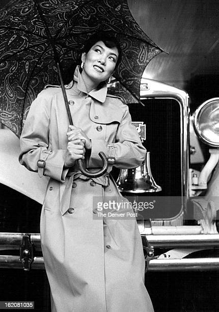 MAR 1982 MAR 27 1982 APR 8 1982 Left come rain or come hail the great classic is Burberryé¦s tan trench coat of impeccable detailing Montaldoé¦s...