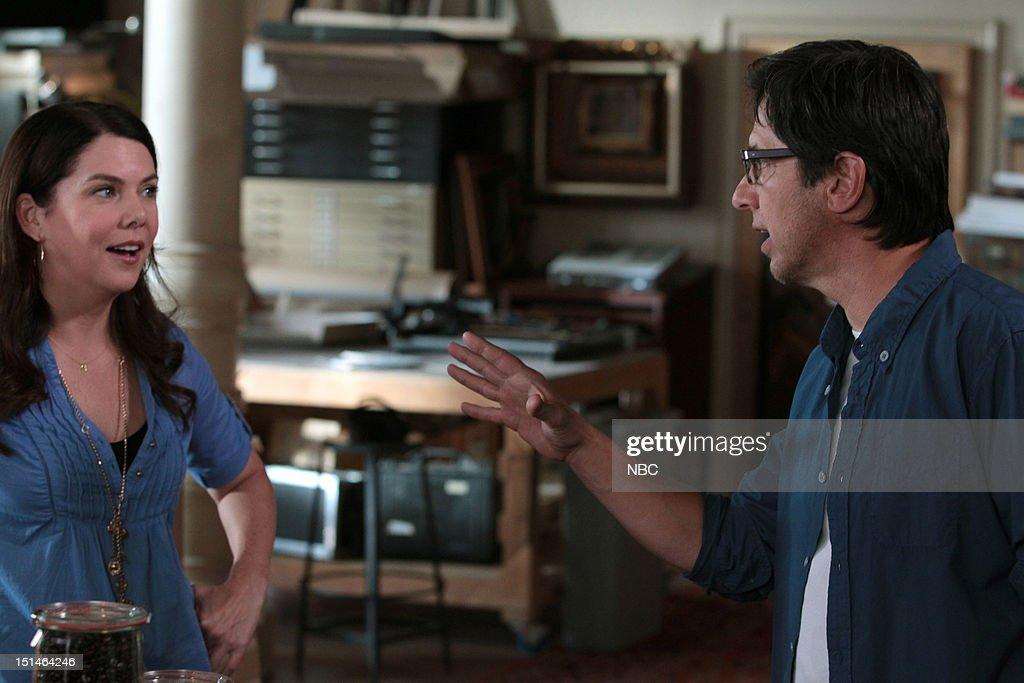 PARENTHOOD -- 'Left Field' Episode 402 -- Pictured: (l-r) Lauren Graham as Sarah Braverman, Ray Romano as Hank --