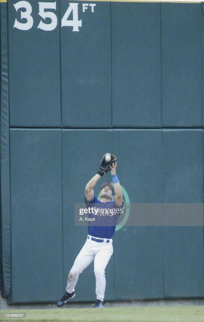 Toronto Blue Jays vs Texas Rangers - July 18, 2004 : News Photo