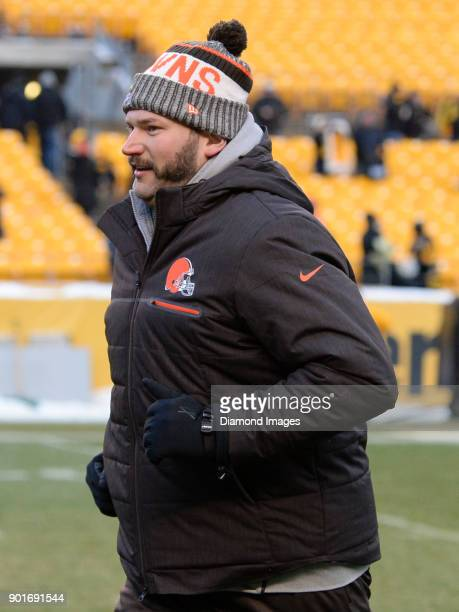 Left tackle Joe Thomas of the Cleveland Browns runs off the field after a game on December 31 2017 against the Pittsburgh Steelers at Heinz Field in...