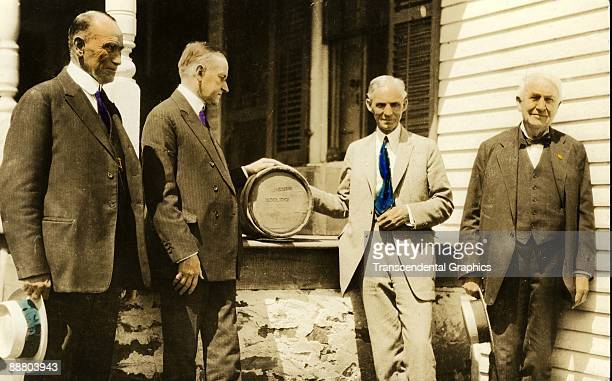Left to right Henry Ford Calvin Coolidge John Parmenter and Thomas Edison meet at an unknown location for a photo taken around 1915