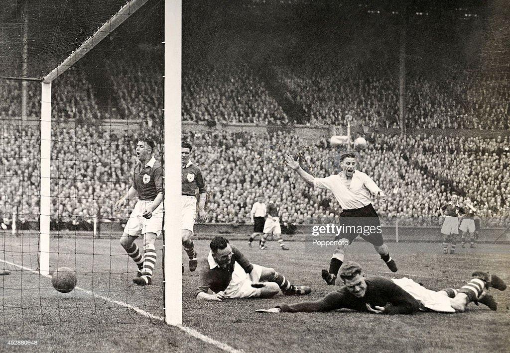 FA Cup Final - Derby County v Charlton Athletic : Nieuwsfoto's