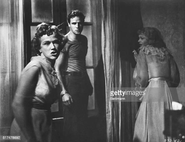 Kim Hunter , Marlon Brando , and Vivien Leigh in the ...