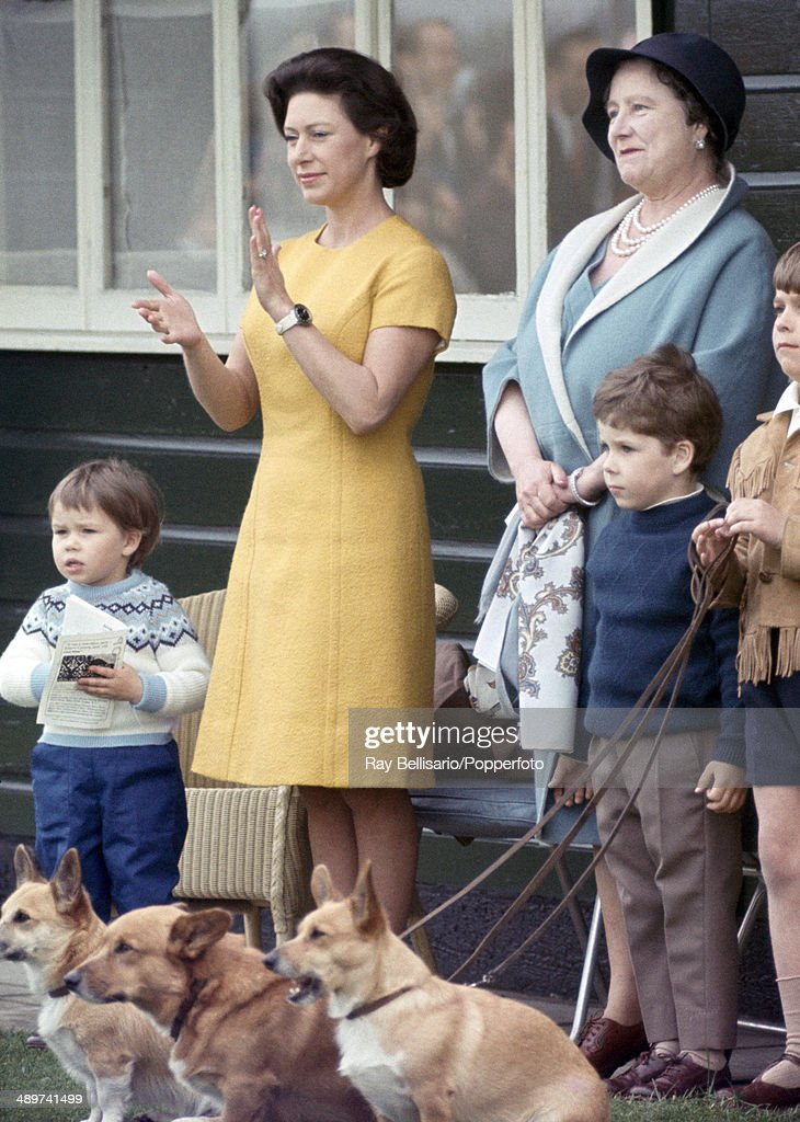 left-to-right-lady-sarah-linley-princess-margaret-queen-elizabeth-the-picture-id489741499