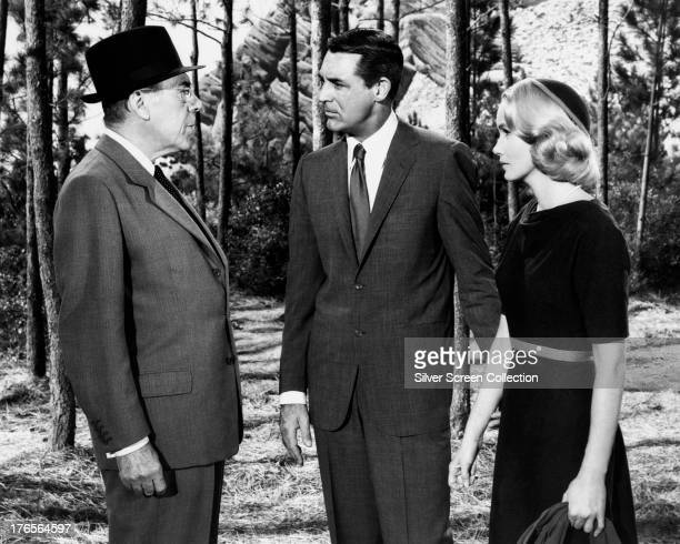 Leo G Carroll as The Professor Cary Grant as Roger O Thornhill and Eva Marie Saint as Eve Kendall in 'North by Northwest' directed by Alfred...