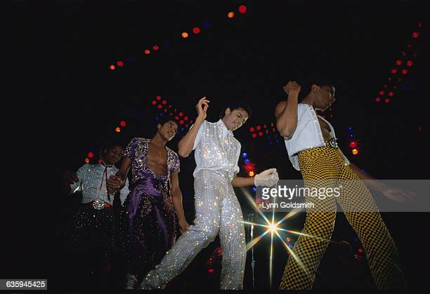 Marlon Jackie Michael and Randy Jackson perform in concert