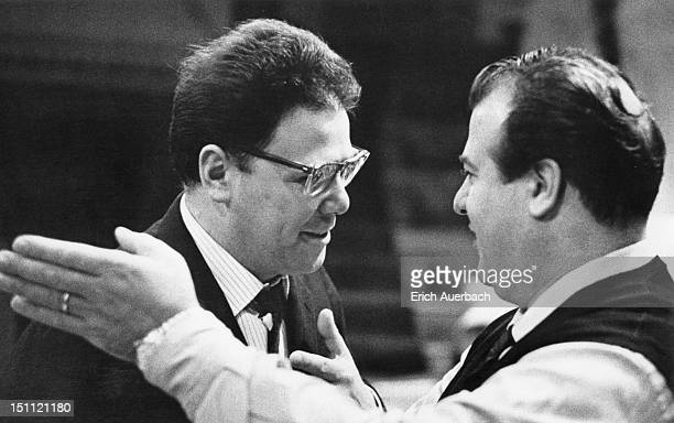 Left to right, opera singers Walter Berry and Giuseppe Taddei at a recording session for Mozart's opera 'Cosi fan tutte' at Kingsway Hall, London,...
