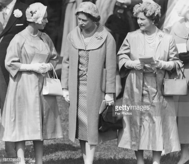 Princess Margaret , Queen Elizabeth II and the Queen Mother at the Derby, Epsom Downs Racecourse, Surrey, 4th June 1958.