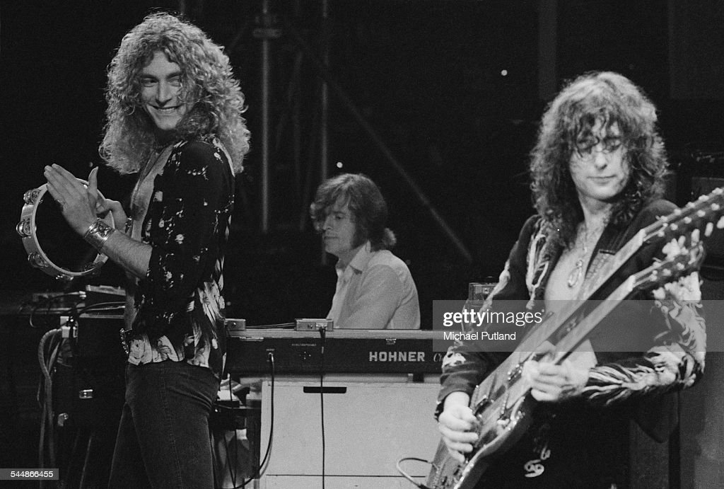Led Zeppelin At Earl's Court : News Photo