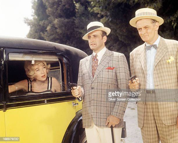 Shirley MacLaine as Mae Jenkins with George C Scott and Art Carney as gangsters Paolo Maltese and Joey Friedlander, in 'The Yellow Rolls-Royce',...