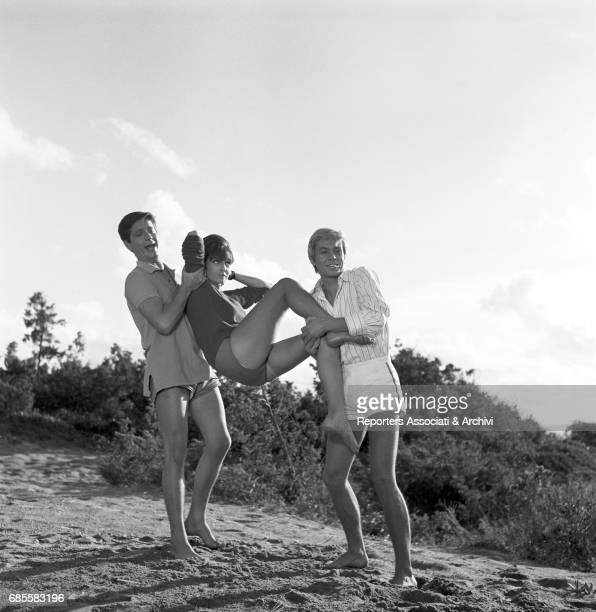 Stelvio Rosi, Beatrice Altariba, Fabrizio Capucci in a scene from film Crazy Desire, directed by Luciano Salce, comedy, Italy, 1962