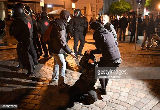 Left wing protesters clash with police forces at Rote Flora after a march on May Day on May 01 2016 in Hamburg Germany Tens of thousands of people...