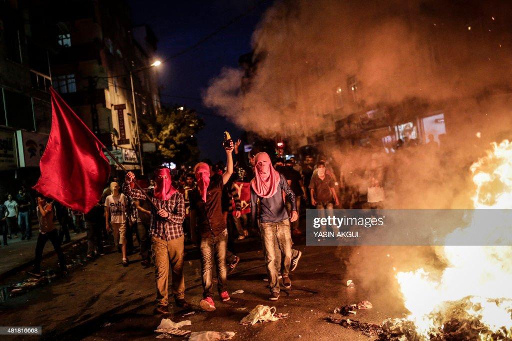 TURKEY-SYRIA-CONFLICT-DEMO : News Photo