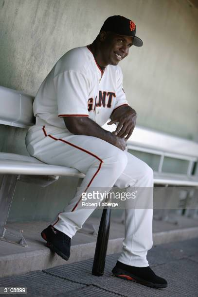 Leftfielder Barry Bonds of the San Francisco Giants poses for a photo on March 16, 2004 in Scottsdale Stadium in Scottsdale, Arizona.