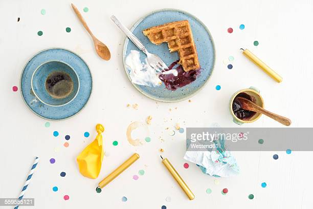 leftovers after celebration with belgian waffles and coffee - empty paper plate stock photos and pictures