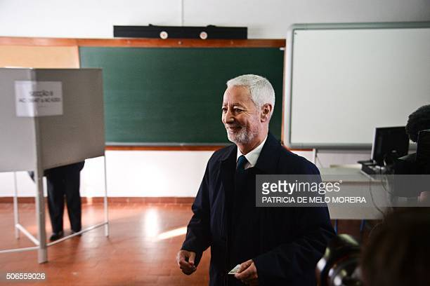 Leftwing candidate for Portugal's presidency Antonio Sampaio da Novoa smiles as he arrives to cast his ballot in Oeiras outskirts of Lisbon on...