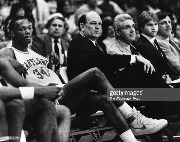 Lefty Driesell, flanked by Len Bias , during his 500th career victory, a 91-38 win over Towson State on Feb. 21 at Cole Field House.