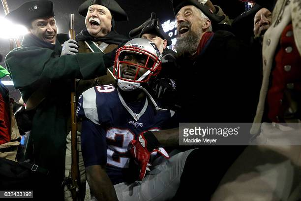 LeGarrette Blount of the New England Patriots celebrates after scoring a touchdown during the third quarter against the Pittsburgh Steelers in the...
