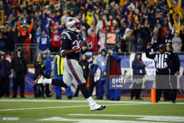 LeGarrette Blount of the New England Patriots scores his second 2 yard touchdown in the first quarter against the Indianapolis Colts during the AFC...