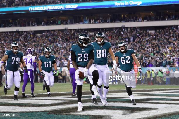 LeGarrette Blount of the Philadelphia Eagles is congratulated by his teammates after scoring a second quarter rushing touchdown against the Minnesota...