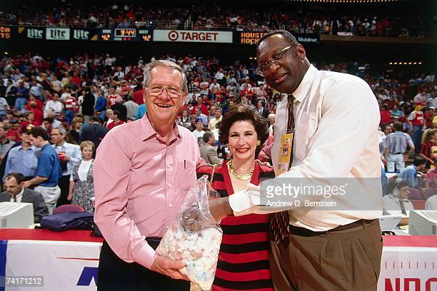 NBA legend Bob Lanier smiles for the camera during Game Two of the NBA Finals between the New York Knicks and the Houston Rockets played on June 10...