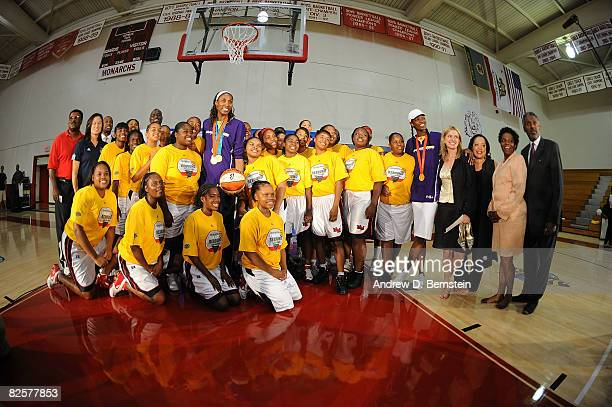 Legend Jennifer Azzi Delisha MiltonJones Lisa Leslie Head Coach Michael Cooper Candace Parker and team coowner Carla Christofferson of the Los...